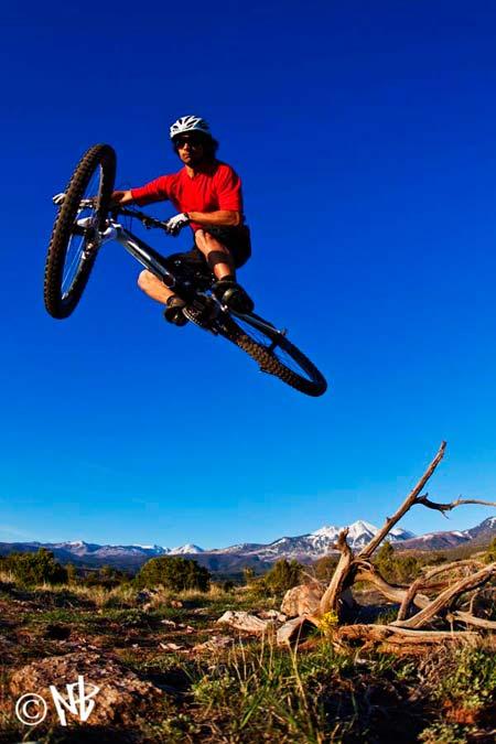 mountain-biking-moab